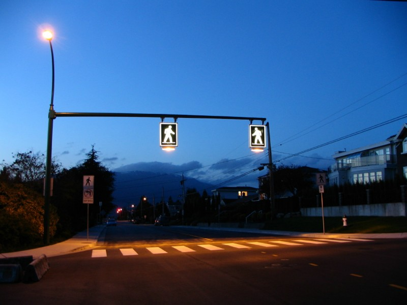 Crosswalk in Burnaby British Columbia Canada 800x600 Emotion Free Investing Is the Key